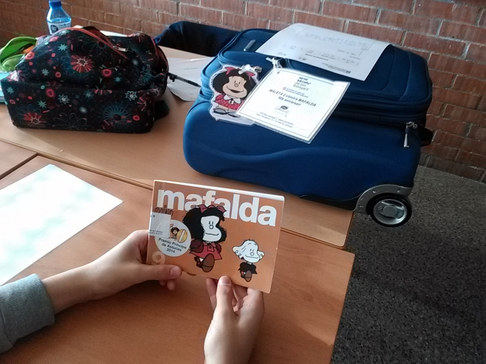 Taller sobre Mafalda per a 1r d'ESO a càrrec de les responsables de la biblioteca